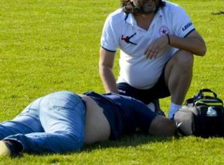 Άγριο ξύλο σε παιχνίδι Γ' Εθνικής - Ανατριχιαστικές φωτογραφίες με σακατεμένους προπονητές και παίκτες