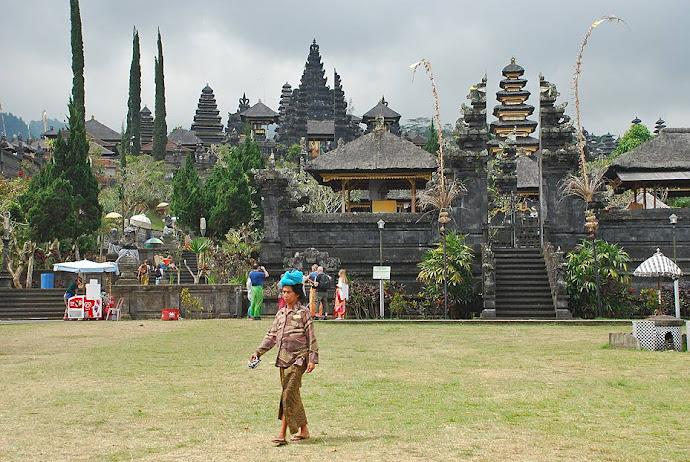 Panorámica del templo Pura Besakih