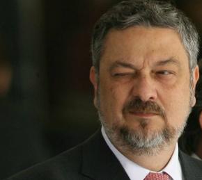 Negociação: Palocci pede prisão domiciliar para delatar Lula