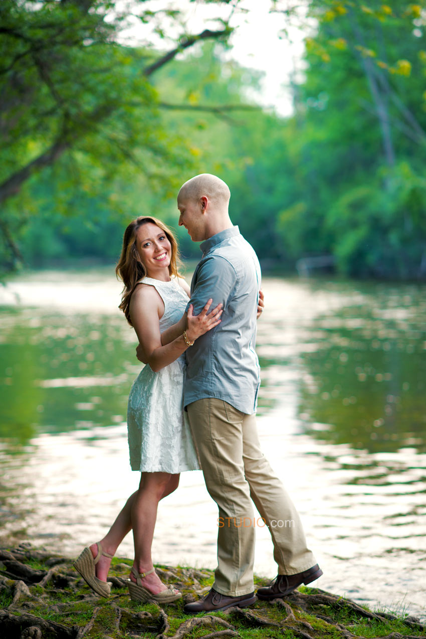 Nature Park River Engagement Photo ideas - Sudeep Studio.com