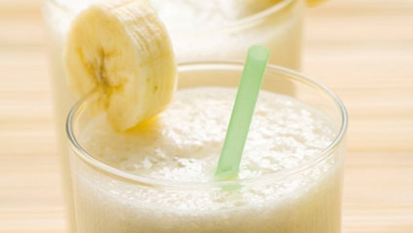 Banana with Dates (Dabino) Smoothie for Belly Bloat