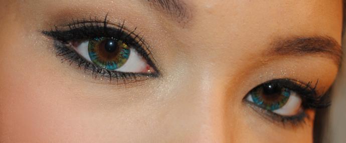 Raspberry Jam Vassen Rainbow Eyes Greenish Blue