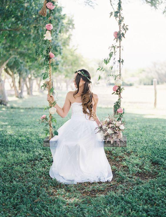 Huśtawka weselna, Dekoracje ślubne DIY, Inspiracje Ślubne, jak zorganizować ślub DIY, Pomysły na ślub i wesele DIY, Ślub DIY, Ślub i wesele z pomysłem, Trendy Ślubne 2017,