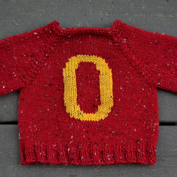 cozy birdhouse | baby gryffindor sweater