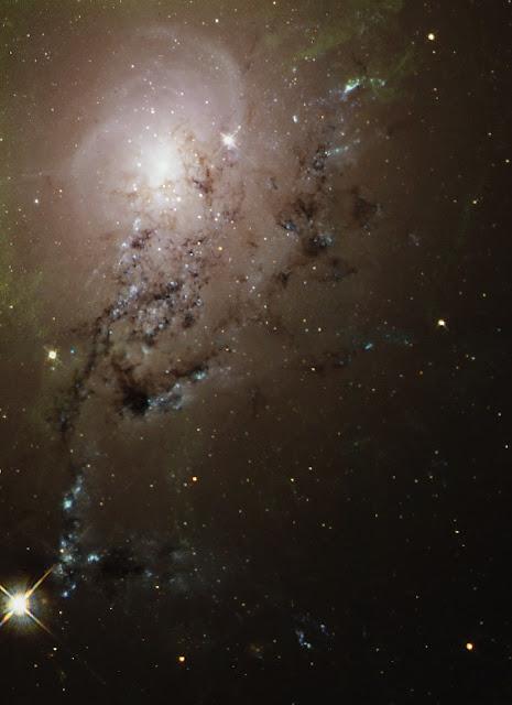 Freewheeling Galaxies Collide in a Blaze of Star Birth