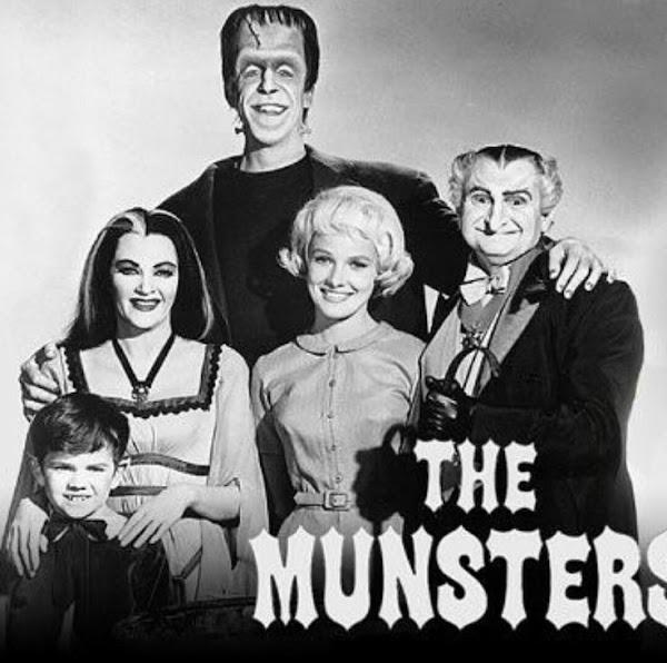 Ver La Familia Monster Latino Online