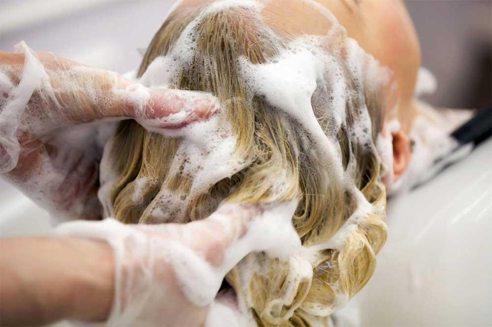 Caratteristiche shampoo antigiallo