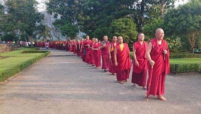 http://bodhicharya.org/blog/ringu-tulku-rinpoches-complete-spring-summer-teaching-schedule-2017-now-online/