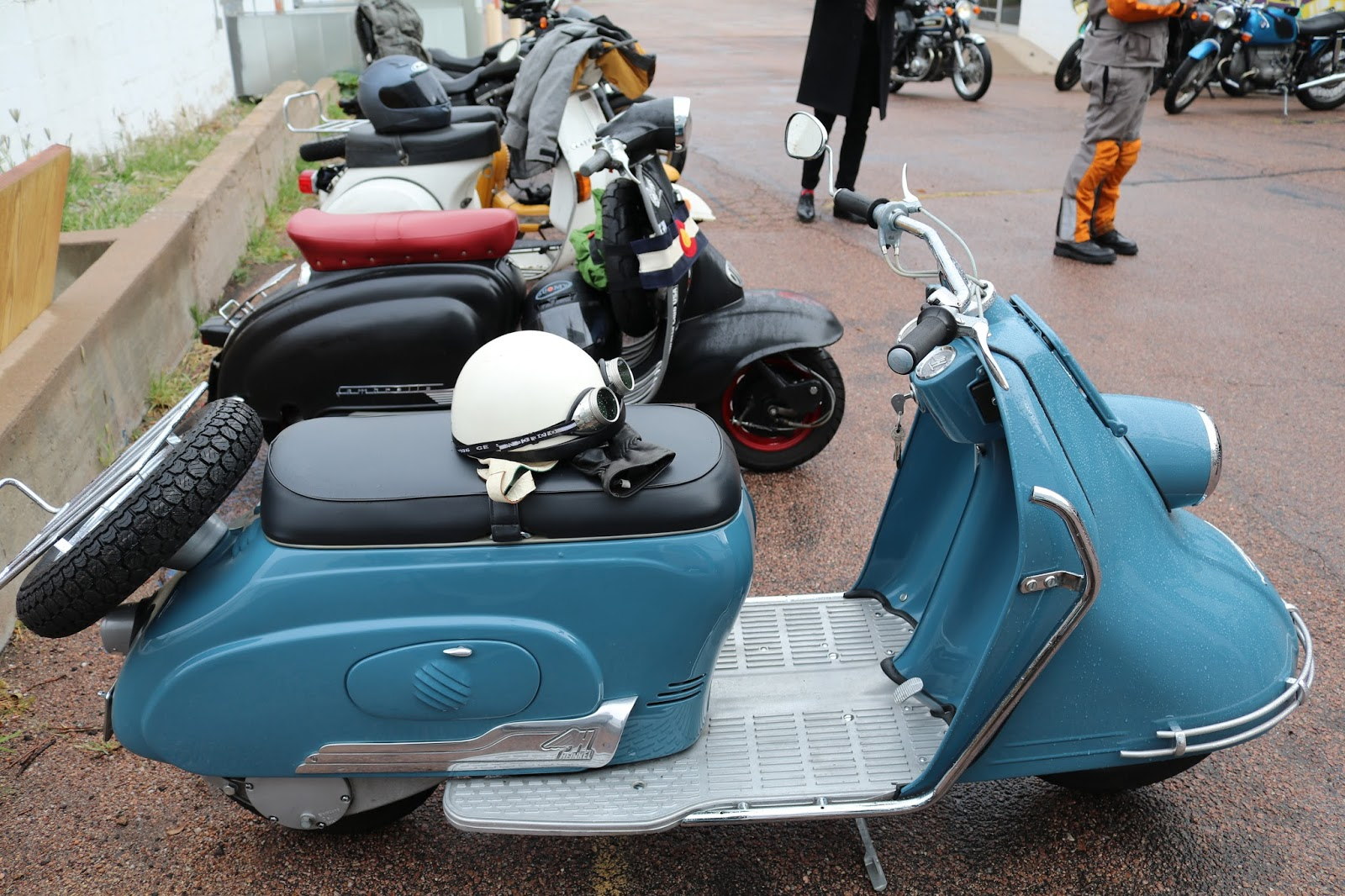 oldmotodude heinkel tourist scooter at the colorado springs distinguished gentleman 39 s ride. Black Bedroom Furniture Sets. Home Design Ideas