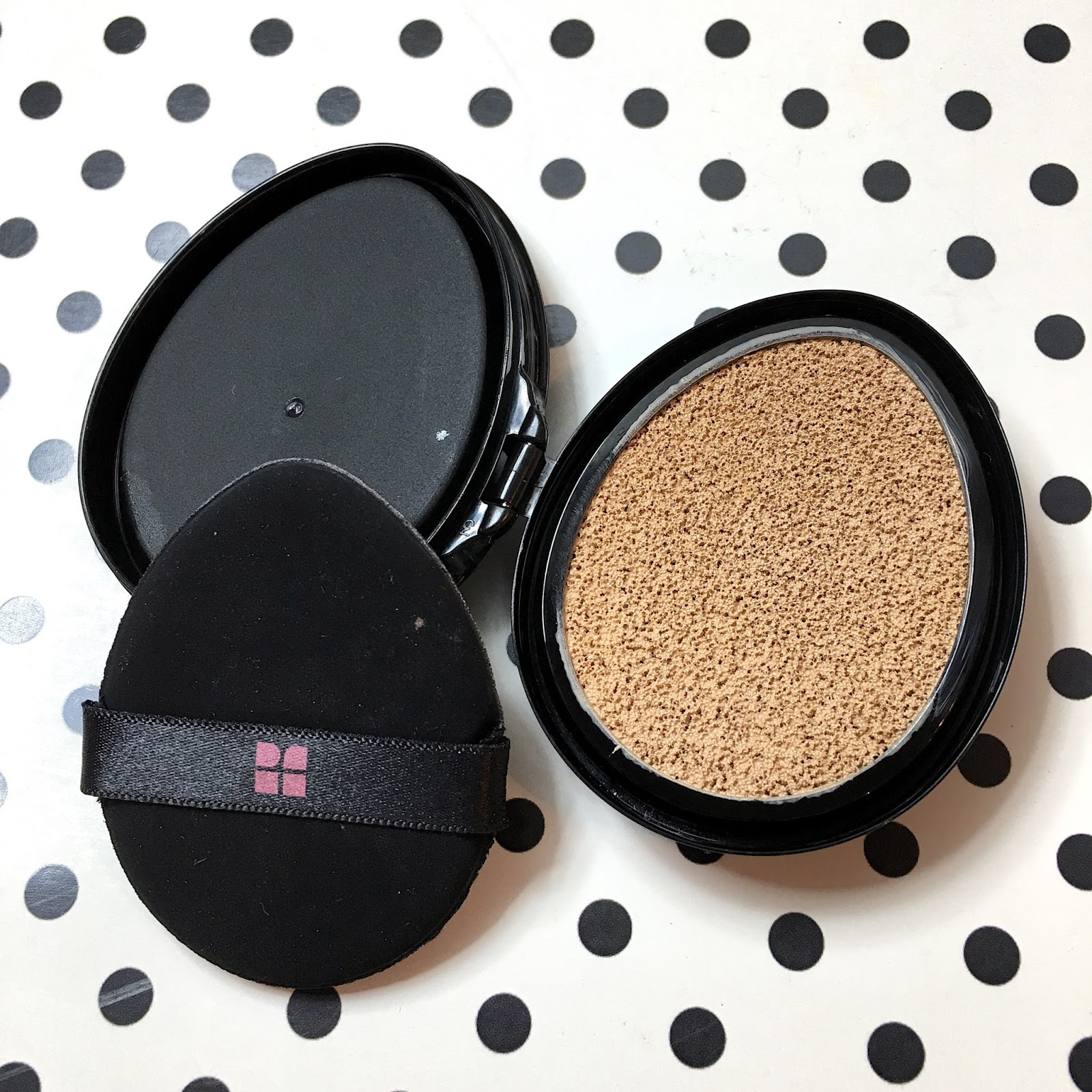 Makeup Secret: 日本 No.1 大熱 FLOWFUSHI「ION de Cushion Foundation」氣墊粉底 review