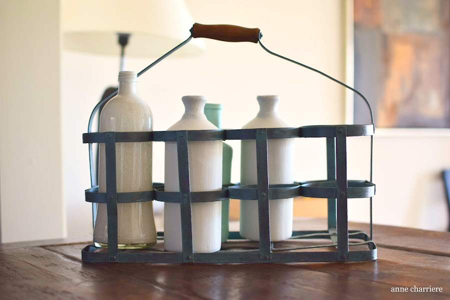 www.annecharriere.com, antigua lechera, pintura de leche, www.homesteadhouse.ca,