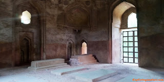 Dadi - Poti's Tomb at Hauz Khash