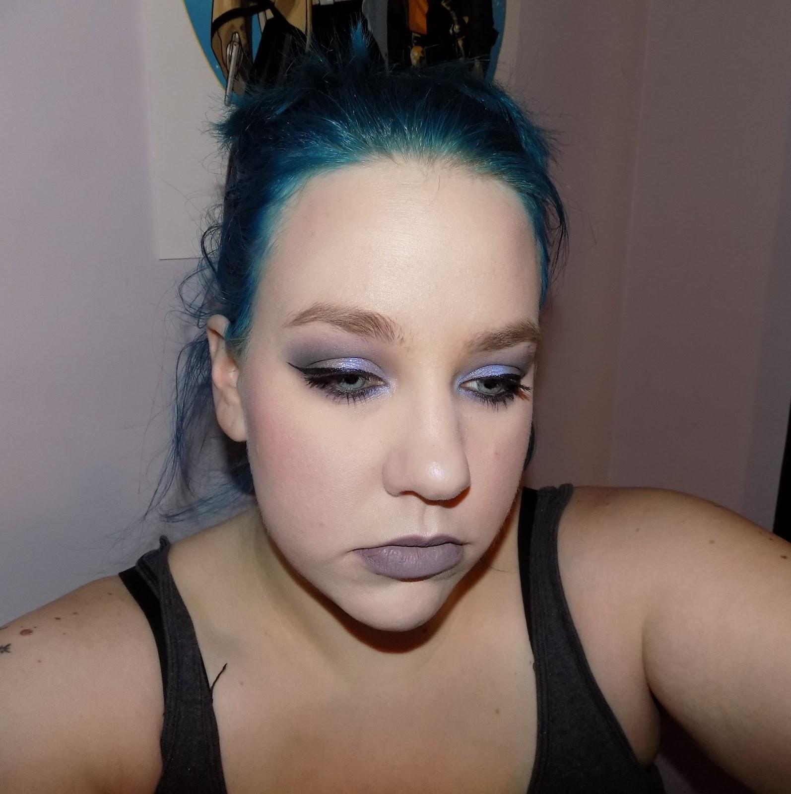 Blue skys blue makeup halo eye   Blue makeup, Makeup