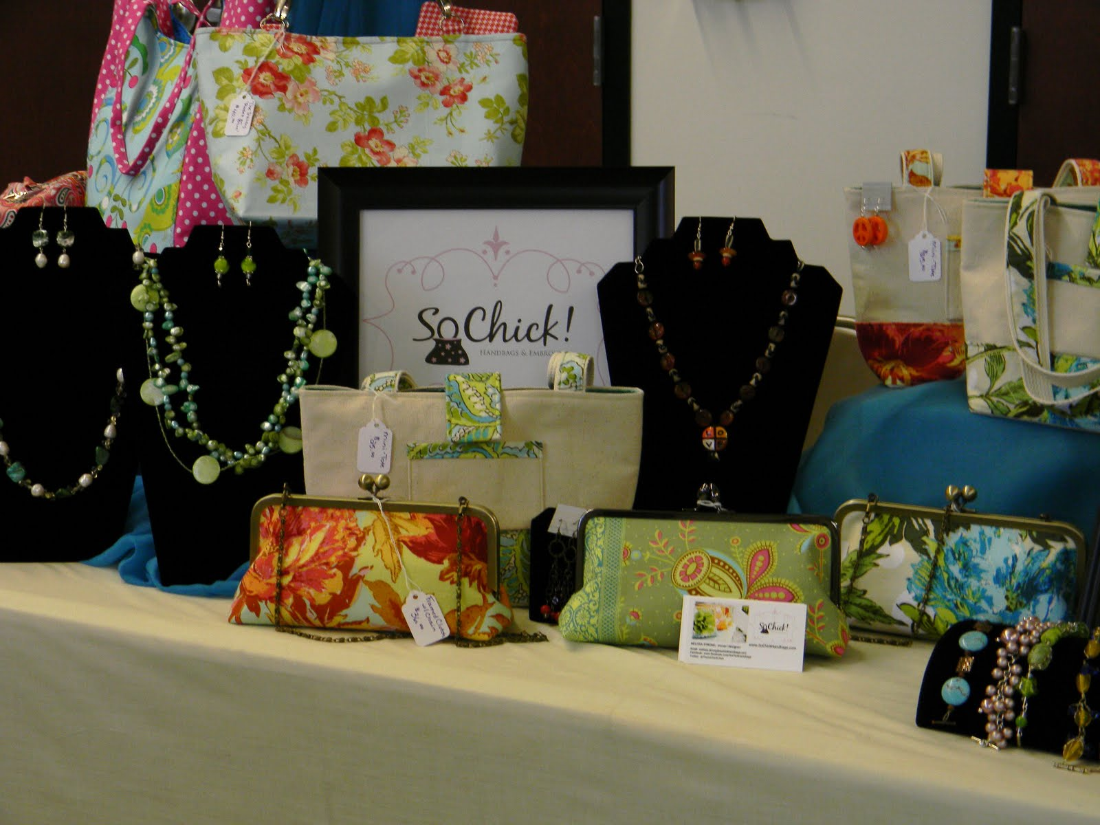 Our Display Handbags And Jewelry Accessorize Las