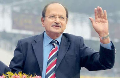 Former Indian Cricket Captain Ajit Wadekar passes away aged 77