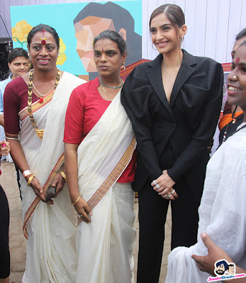 sonam-kapoor-at-we-the-women-event-3