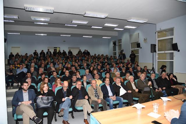 Με πρωτοφανή συμμετοχή η εκδήλωση για το αφαλιστικό με τον Γ. Ρωμανιά, που διοργάνωσε το Επιμελητήριο Θεσπρωτίας