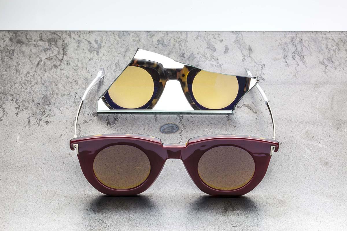 88346e455 Par de óculos de sol 'dois-em-um' com as hastes reversíveis ...