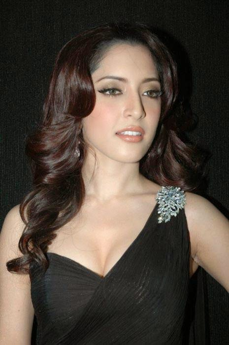 Telugu Actress Meenakshi, Actress Meenakshi Hot Photo Gallery in Black Dress