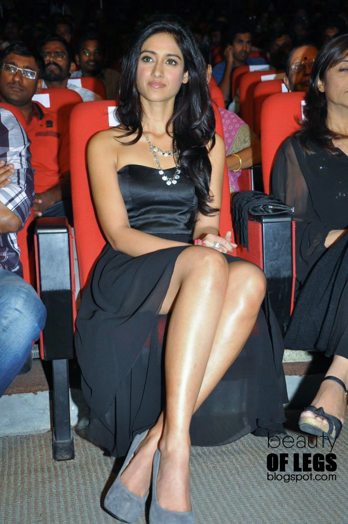 Beauty Of Legs  Ileana Dcruz Oops Inner Thighs Hot -9741