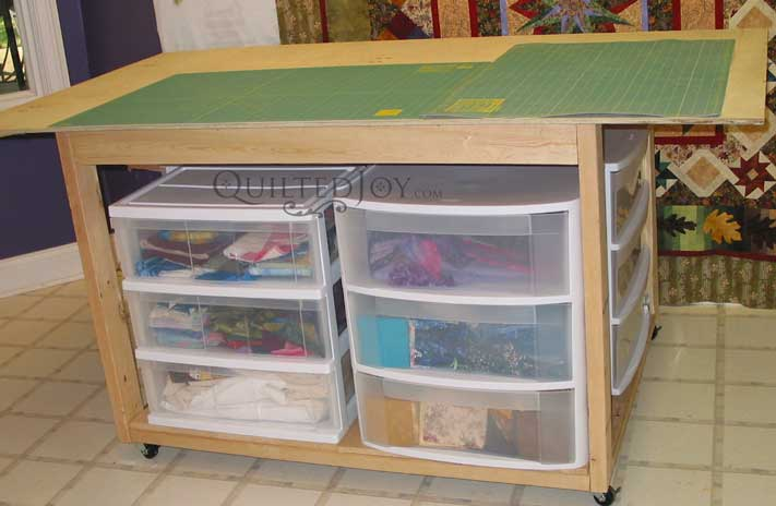 make sewing cutting table