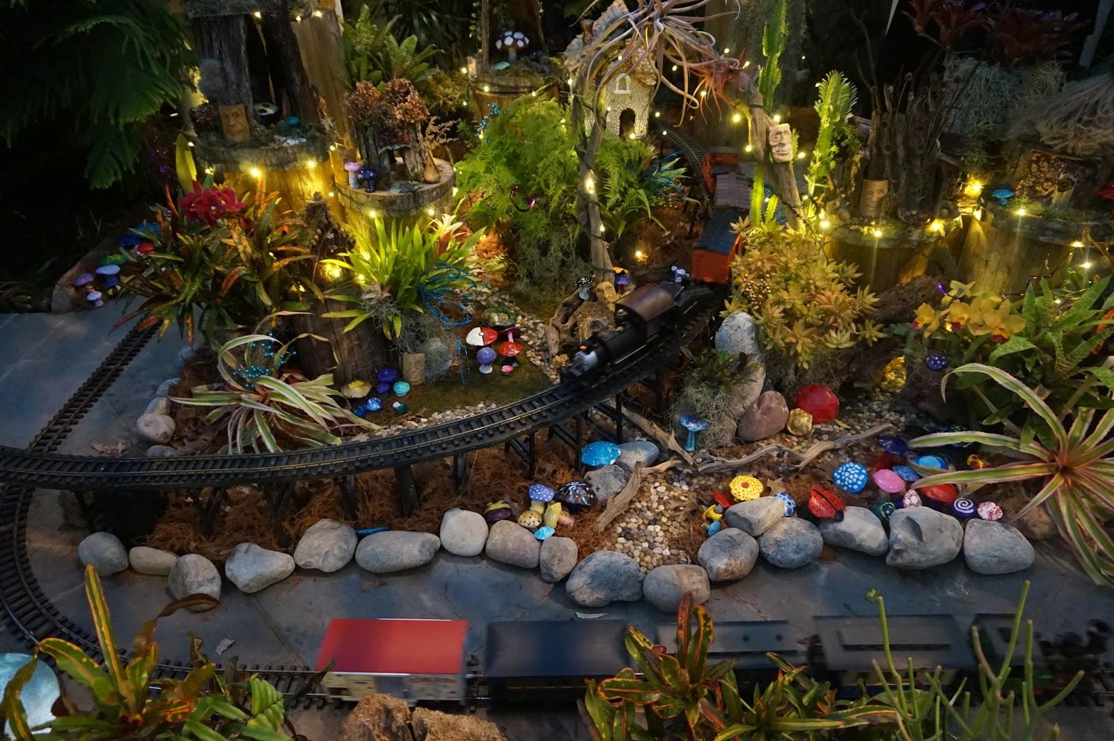 Kiki Nakita Opening Christmas Gifts And Daniel Stowe Botanical Garden