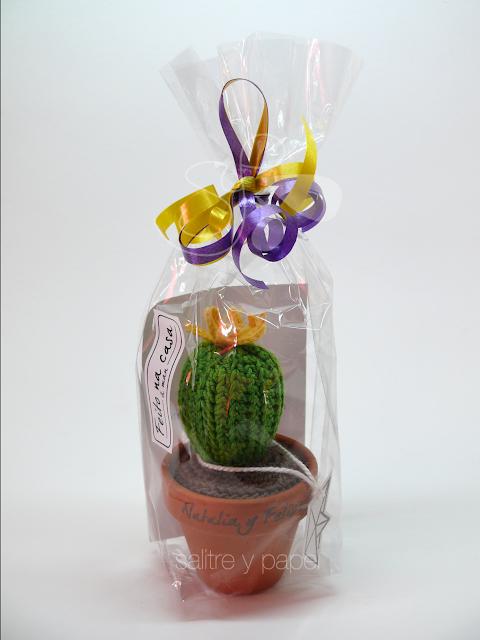 Packaging cactus amigurumi detalle de boda