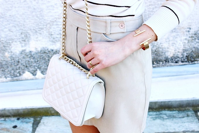 Mexx mini skirt.Beige striped turtleneck.Zara white chain purse.H&M gold cuff.
