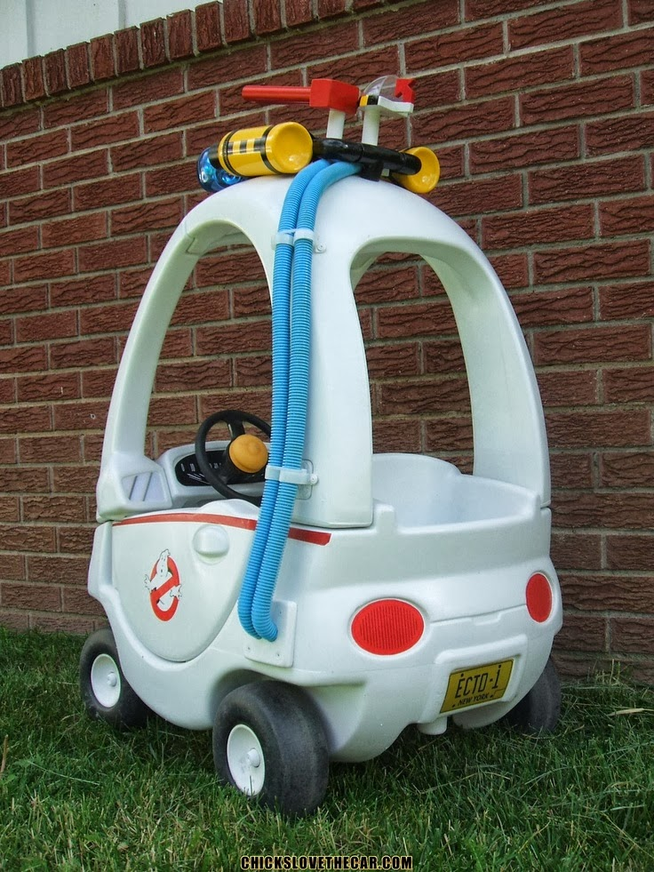 10 Amazing Cozy Coupe Makeovers by Seriously Crafty Parents All the gold stars to these seriously crafty parents.
