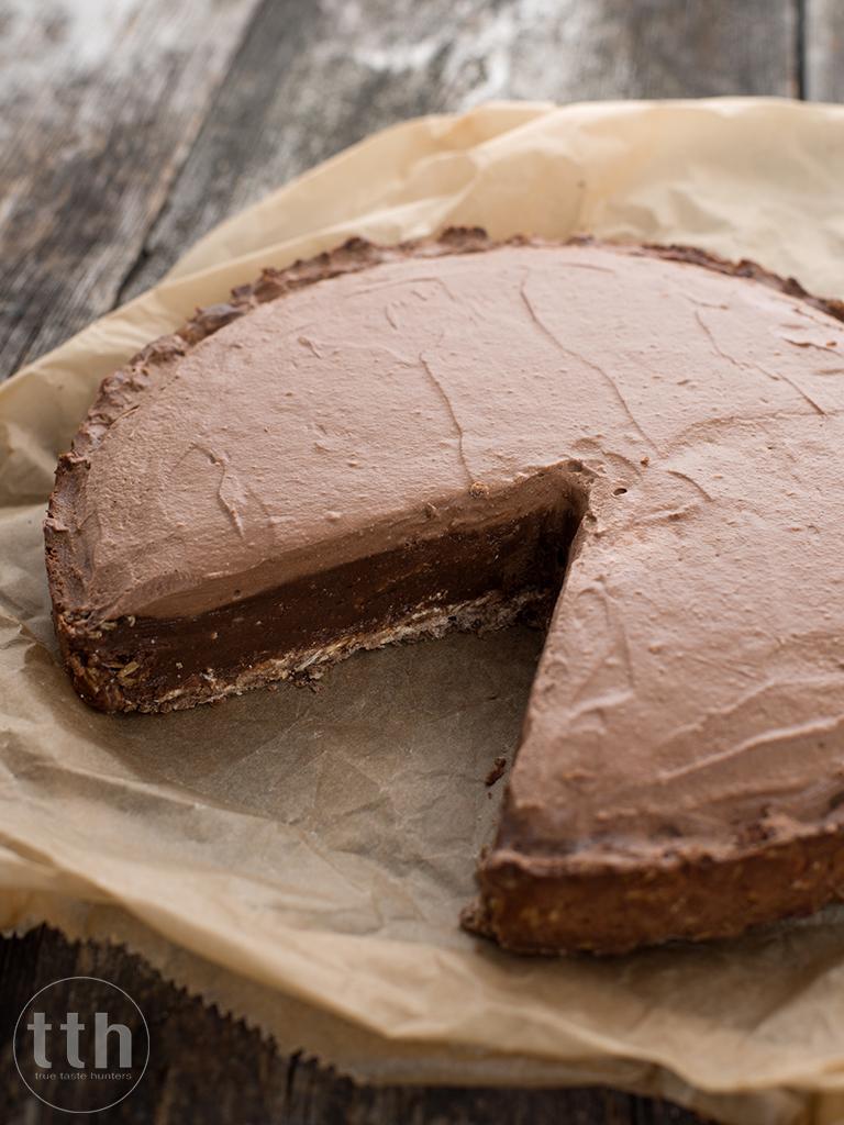 Jaglana tarta czekoladowo-orzechowa z kawa - przepis weganskie, bezglutenowe, bez cukru