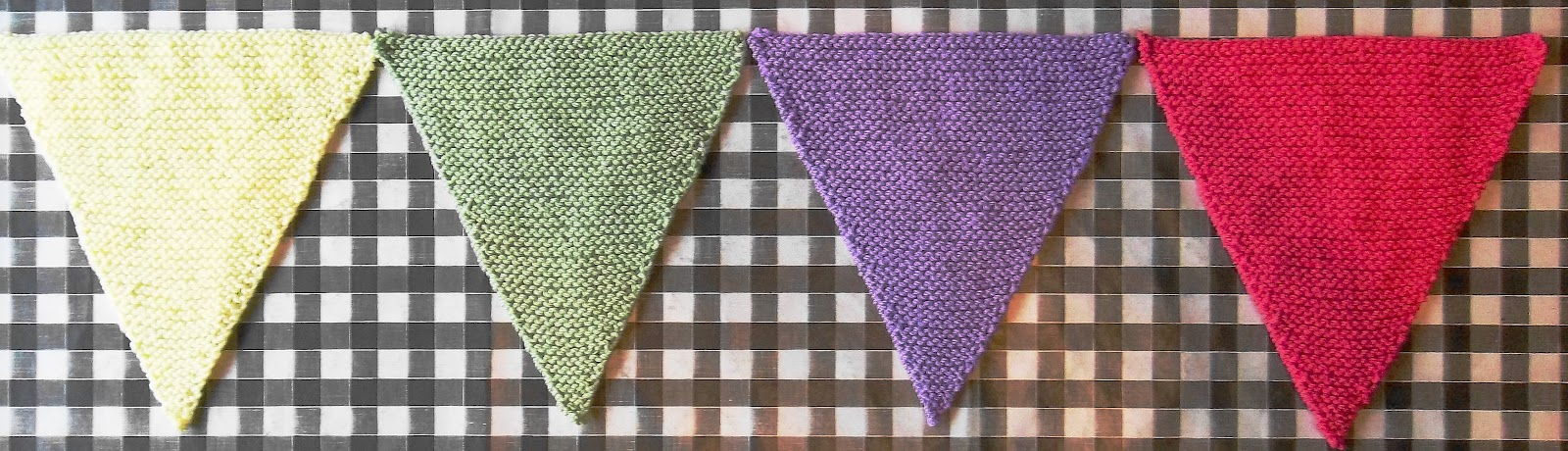 Bunting Knitting Pattern : The Design Studio: Free Knitting Pattern. Knitted Bunting. Flags.