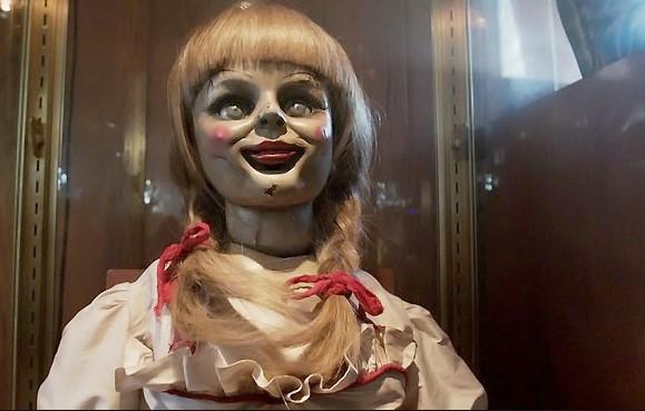7 Boneka Hantu Terseram Di Dunia