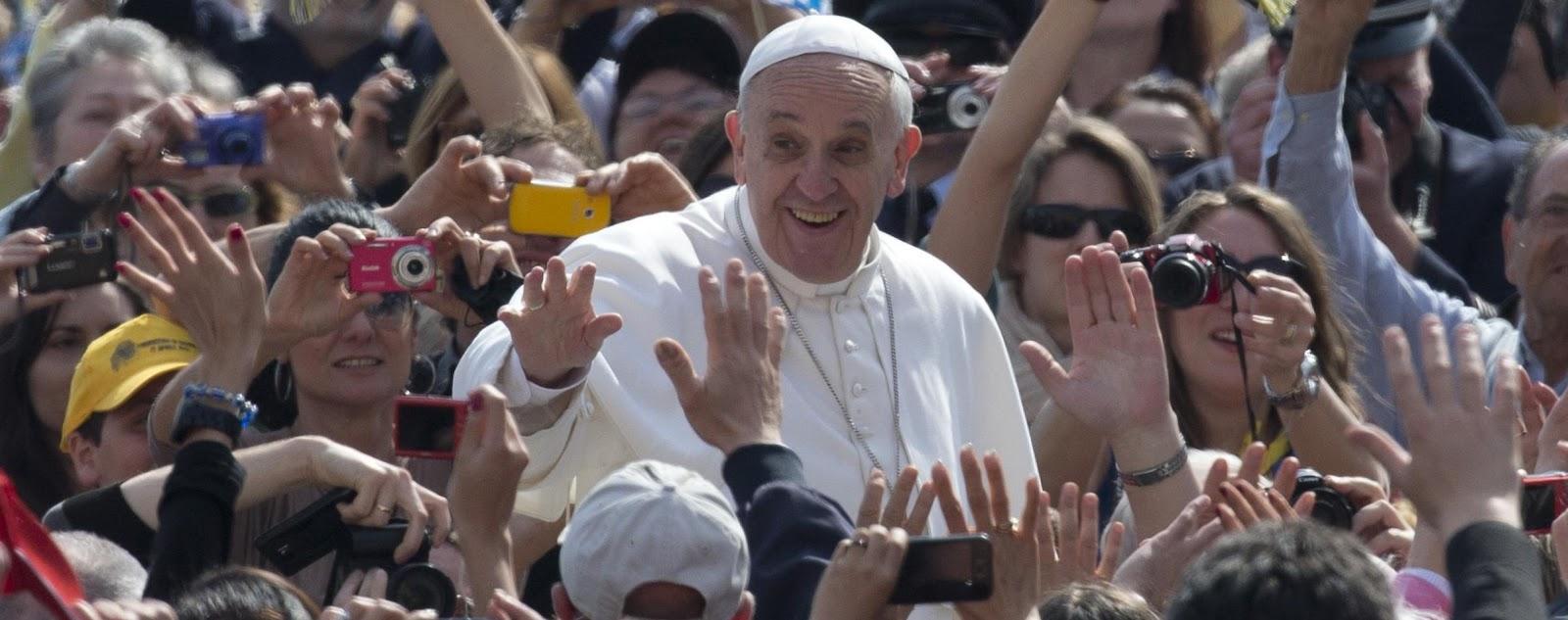 Oratorio pratocentenaro - Papa francesco divano ...