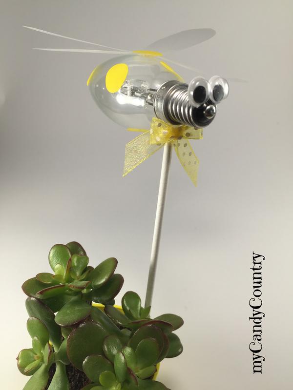 Creare un ape fai da te riciclando una lampadina