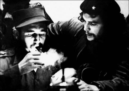 Κομαντάντε Φιντέλ Κάστρο: Το μεγαλύτερο αγκάθι στην καρδιά της Αμερικής για πάνω από 50 χρόνια....