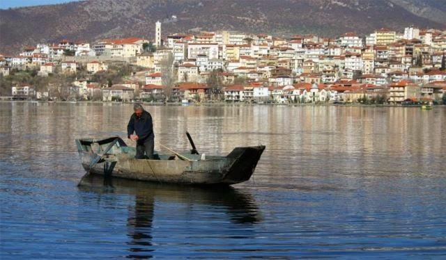 Τέλος οι ερασιτεχνικές άδειες αλιείας – Βαθιά ανάσα για τους ερασιτέχνες ψαράδες