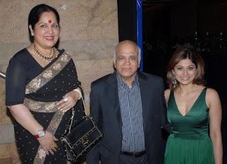 Shilpa Shetty, Biography, Profile, Biodata, Family , Husband, Son, Daughter, Father, Mother, Children, Marriage Photos.