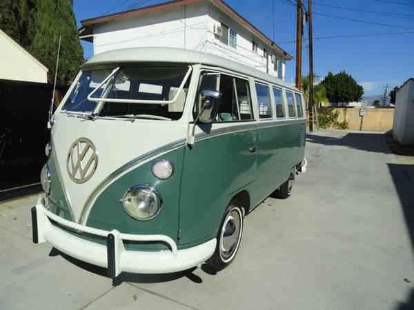 1966 Volkswagen Bus 13 Window Deluxe
