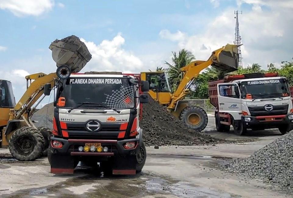 Modifikasi Mobil Dam Truk Dunia Otomotif 2019