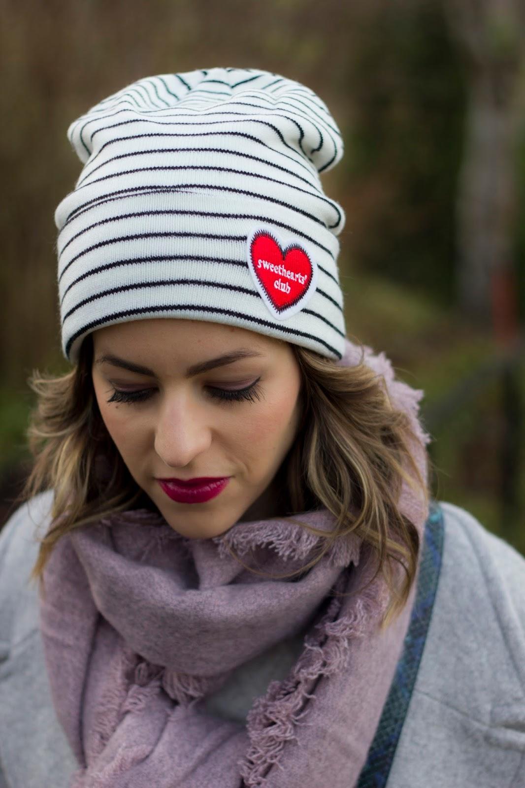 bonnet-accessoires-pour-relever-look-tenue-hiver 83b0c21e8ce