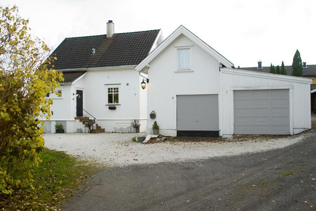 Antikkgrå hus