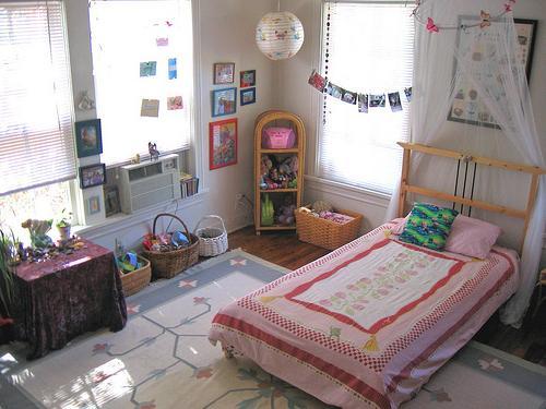 Dorm Room Decorating Ideas: College Dorm Room Part 41