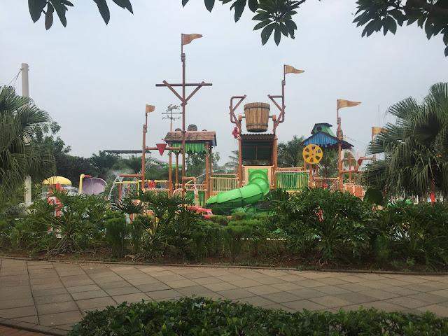 sinarmas land go wet waterpark grand wisata bekasi  4