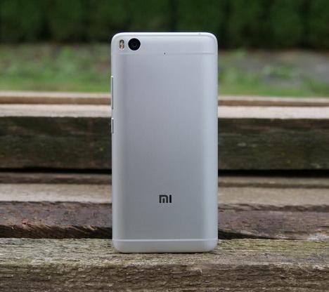 Review Xiaomi Mi5s Indonesia
