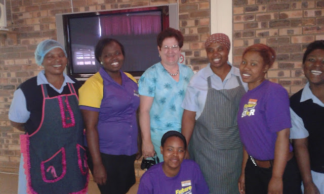Big smiles - Hollywoodbets Mookgophong team and Naboom Old Aged Homes staff