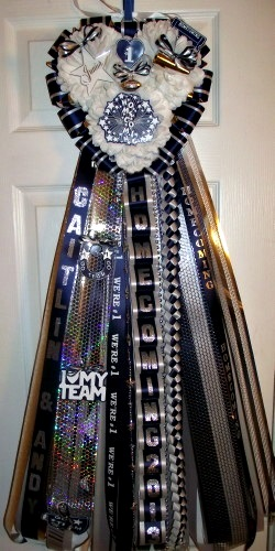 The Domestic Curator Homecoming Mum Ideas