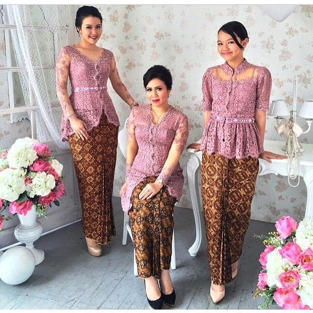 ッ 24+ model kebaya batik modern wanita untuk pesta lengan pendek ... b3bbfa2426