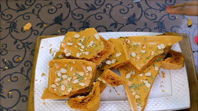 An image of A Indian sweet of Jaggery name GURGATTA.