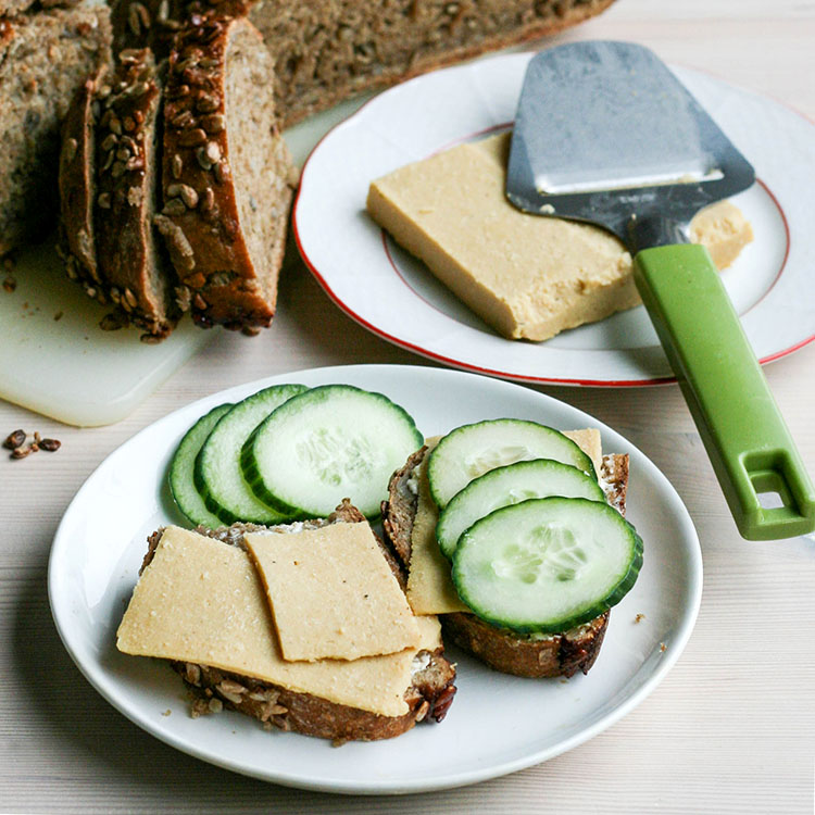 easy sliceable vegan cheese