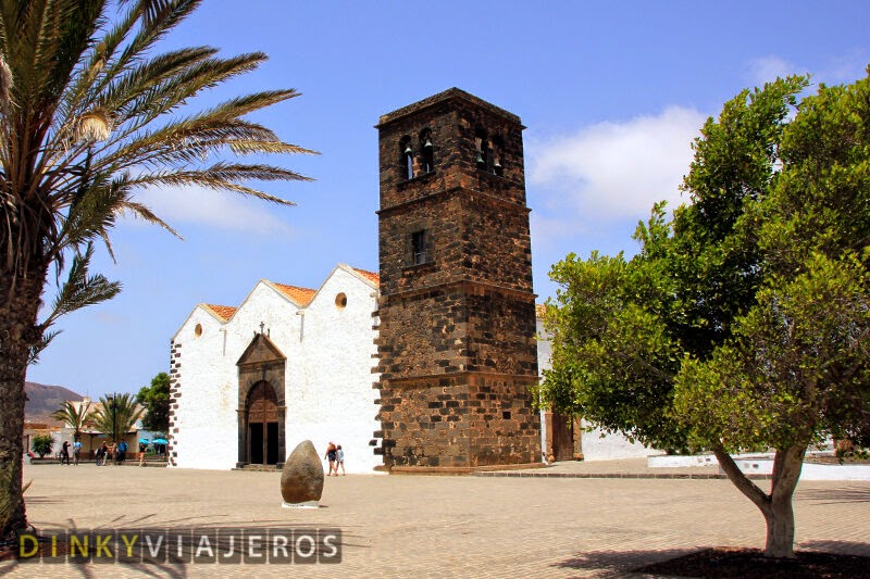 Fuerteventura. Iglesia de Nuestra Señora de la Candelaria (La Oliva)